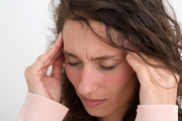 Treating migraines naturally with acupuncture and Chinese medicine.